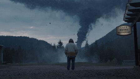 觀賞暗影與獵物。第 2 季第 8 集。